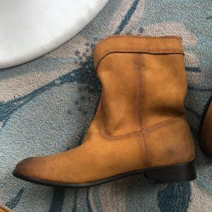 Cowboy style Frye boots